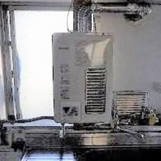 兵庫県西宮市 ガス給湯器取替工事 RUXC-V1615SWFサムネイル
