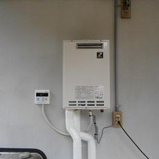 大阪府豊能郡 ガス給湯器取替え工事サムネイル
