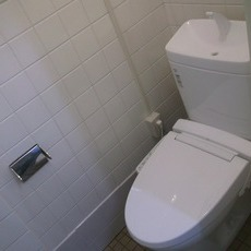 大阪府箕面市 トイレ改修工事サムネイル