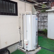 大阪府箕面市 電気温水器取替工事 SRG-375Cサムネイル