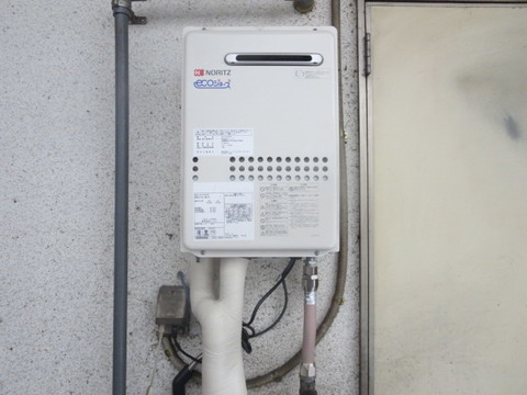 東京都小金井市 ガス給湯器取替工事 GQ-C2434WSサムネイル