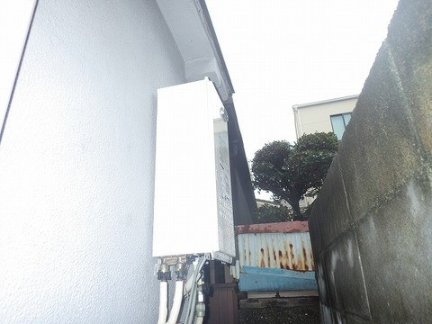 大阪府吹田市 ガス給湯器取替工事 135-N910サムネイル