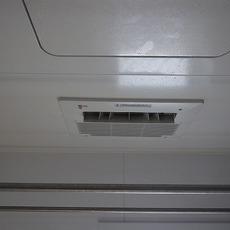 兵庫県川西市 浴室乾燥機取替工事 161-N060サムネイル