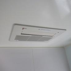 大阪市港区 浴室乾燥機取替工事 161-N360サムネイル